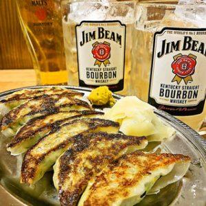 博多の居酒屋【博多ホームラン食堂】で餃子