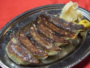 博多にある餃子メニューが豊富な居酒屋【博多ホームラン食堂】